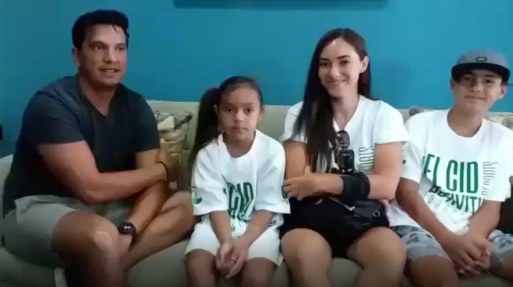 Familia Cesar Casas y Daniela Perea la Marina Mazatlan