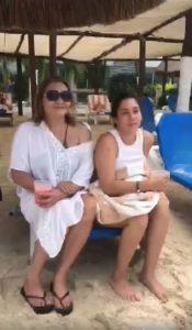 Betty Garza y Alejandra disfrutan tiempo com omadre e hija en Cozumel